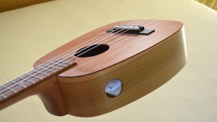 <strong>Puka</strong> – Hole – KeyStone™ acoustic, concert ukulele with new side port
