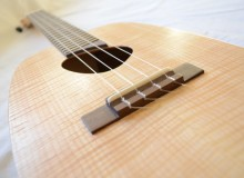 <strong>Luciano</strong> – Acoustic/electric tenor ukulele with side port