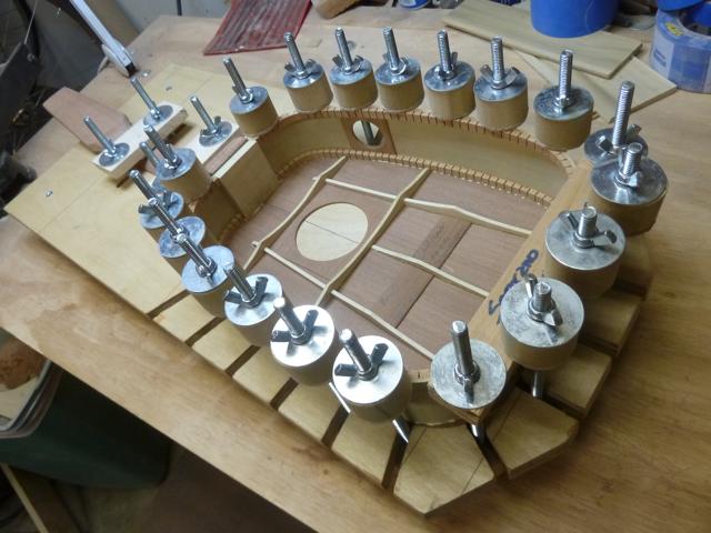 Keystone tenor ukulele in solera