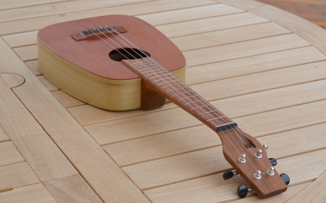 "<strong>Go or ""5″</strong> – Acoustic/Electric 5-string Keystone Ideale Ukulele in Redwood & Poplar"